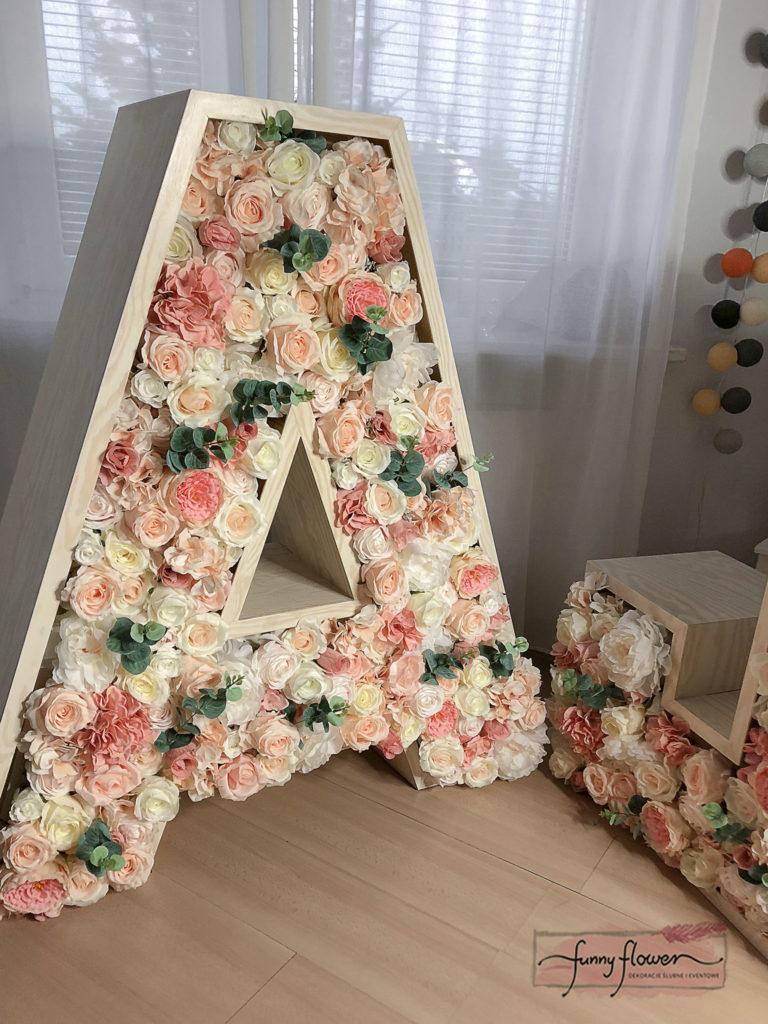 Funny Flower Napis Kwiatowy Brzoskwiniowy