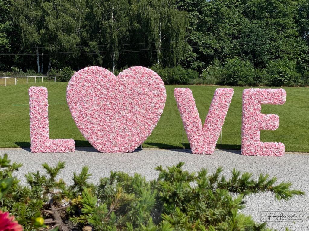 Funny Flower Napis kwiatowy Love